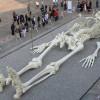 28-метровая скульптура человеческого скелета
