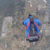 Британский каскадёр прыгнул без парашюта с высоты 730 метров