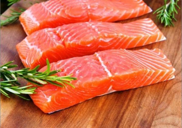 Употребление красной рыбы добавляет два года жизни