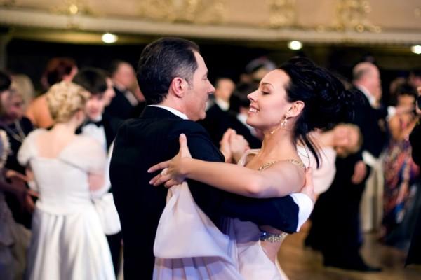 Как мужчина танцует - так будет и ухаживать