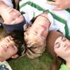 Подростки, которые раньше ложатся спать, лучше защищены от депрессий